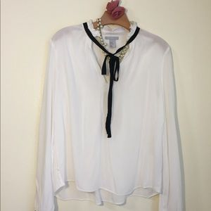 H&M Formal  White 100% Viscosa Blouse Size 10